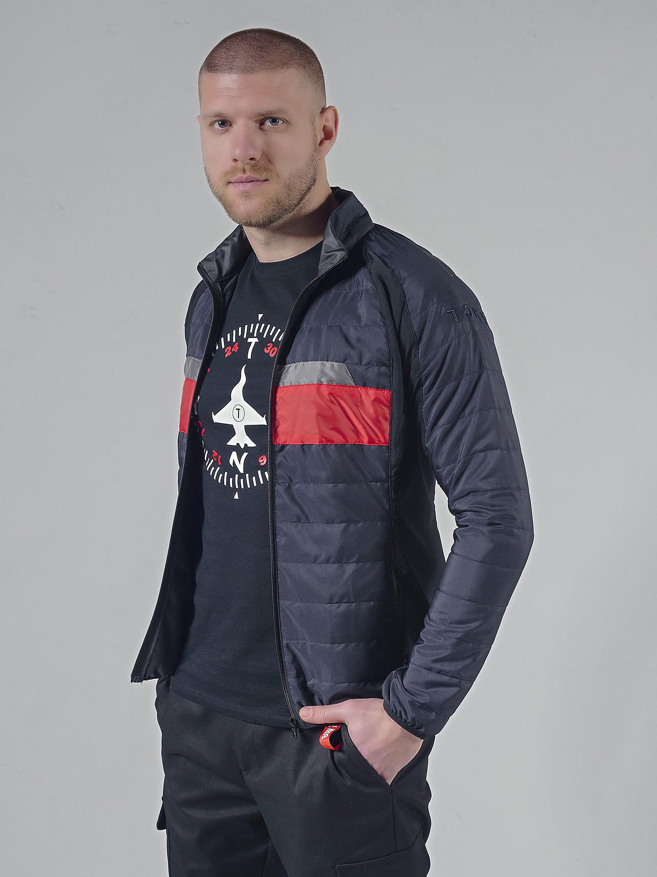 Капитонирано късо яке